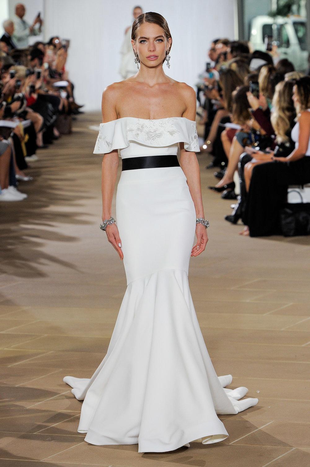 Bridal Fall 2019 Couture   DAIRE    INQUIRE