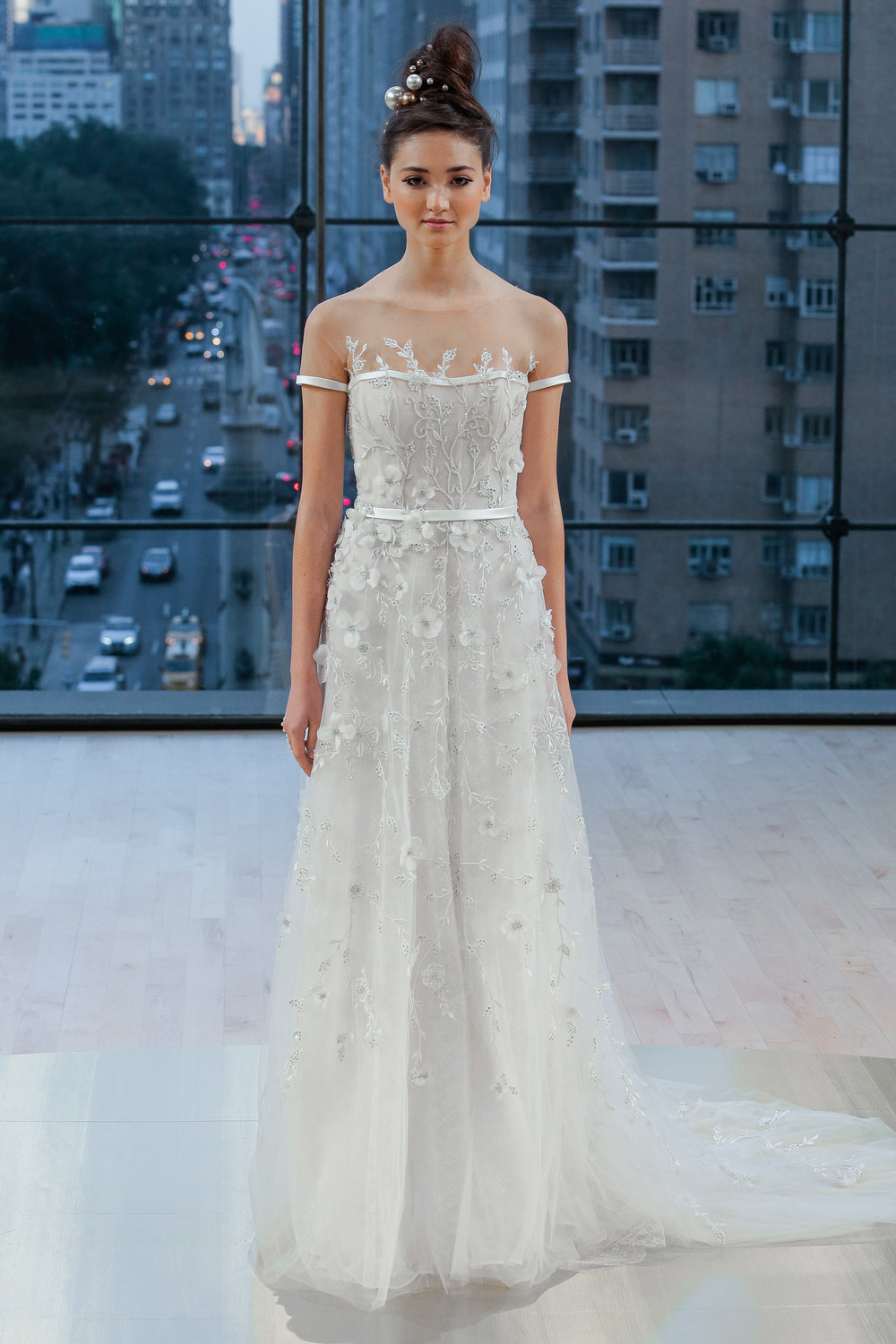 Bridal Fall 2018 Couture   PARK    INQUIRE