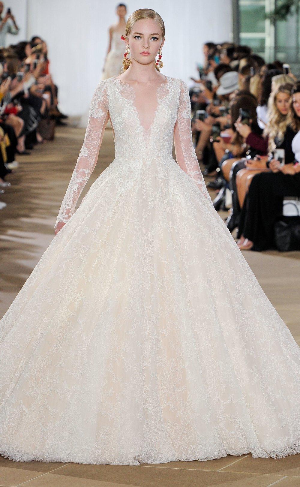 Bridal Fall 2019 Couture   AURELIA    INQUIRE