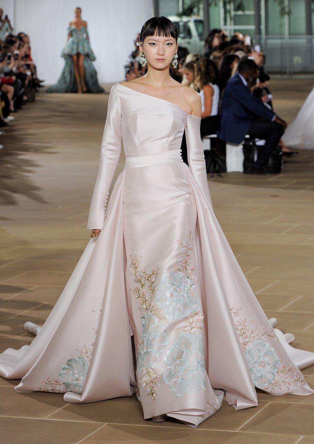 Bridal Fall 2019 Couture   DOVE    INQUIRE