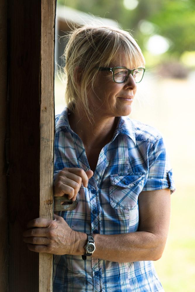 OPSM-NZ-FarmerWoman-189.jpg