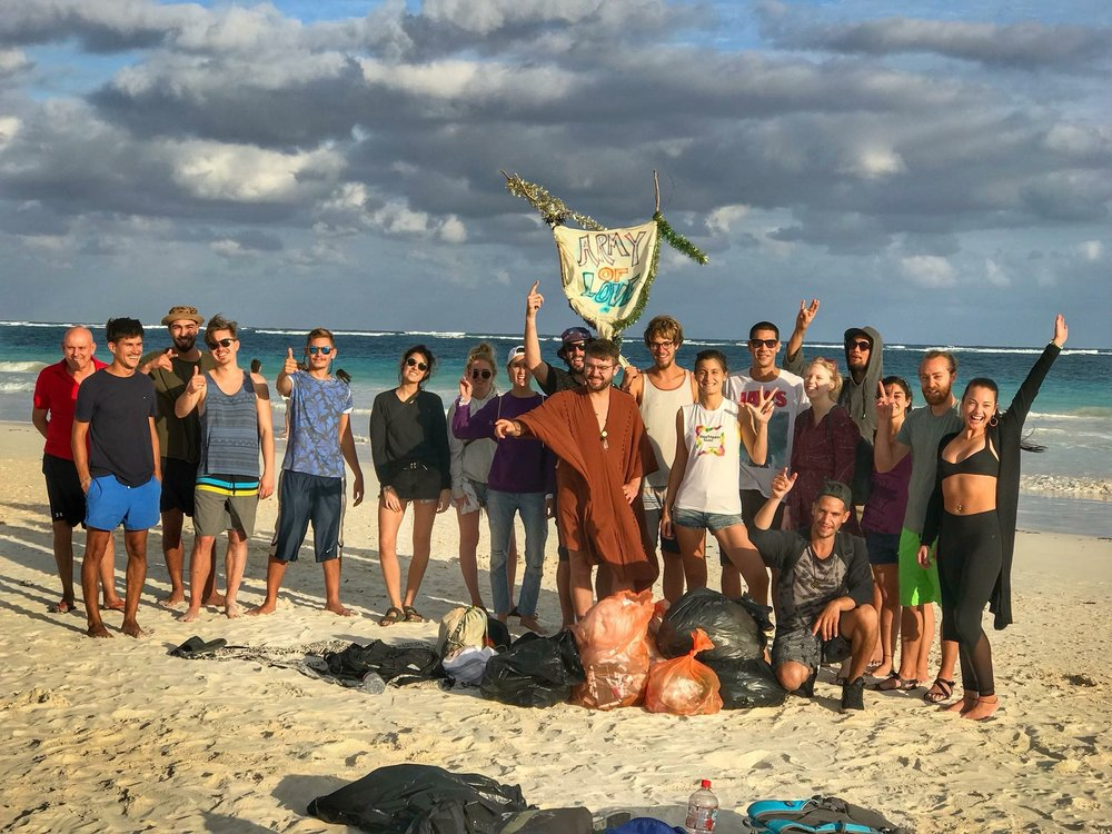 Beach cleanup organized by «Army of Love».
