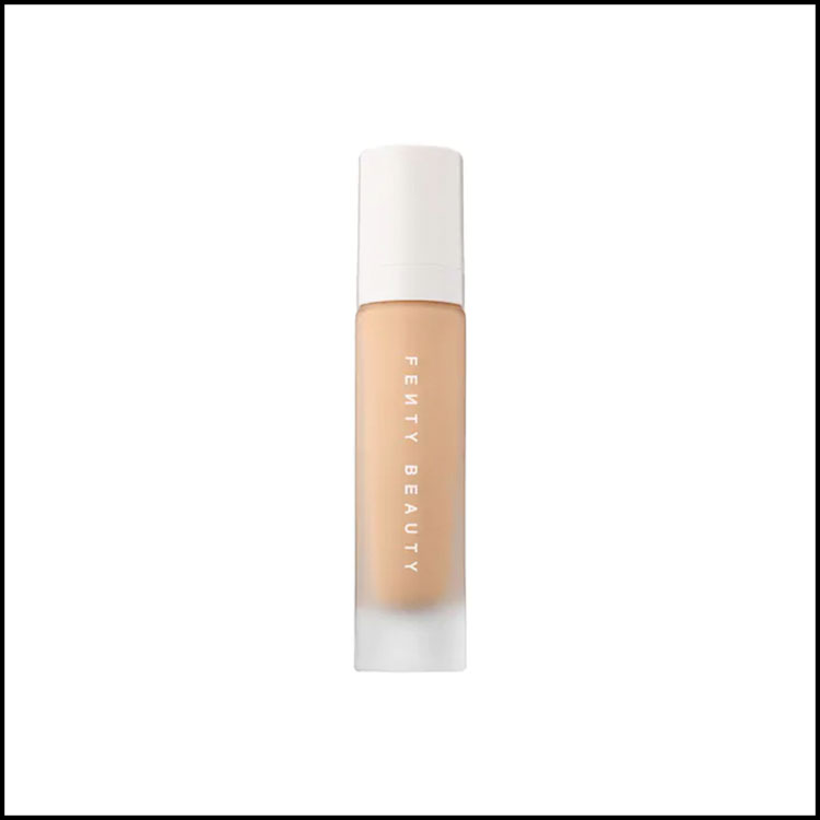 FENTY BEAUTY FOUNDATION IN 220 -