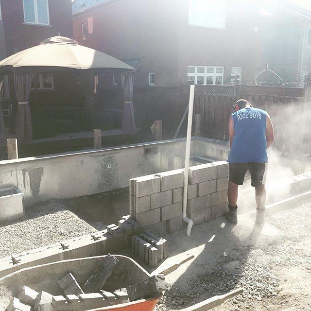 Sweet rock wall in the making. #unionvillepools #poolboysinc #coolpools