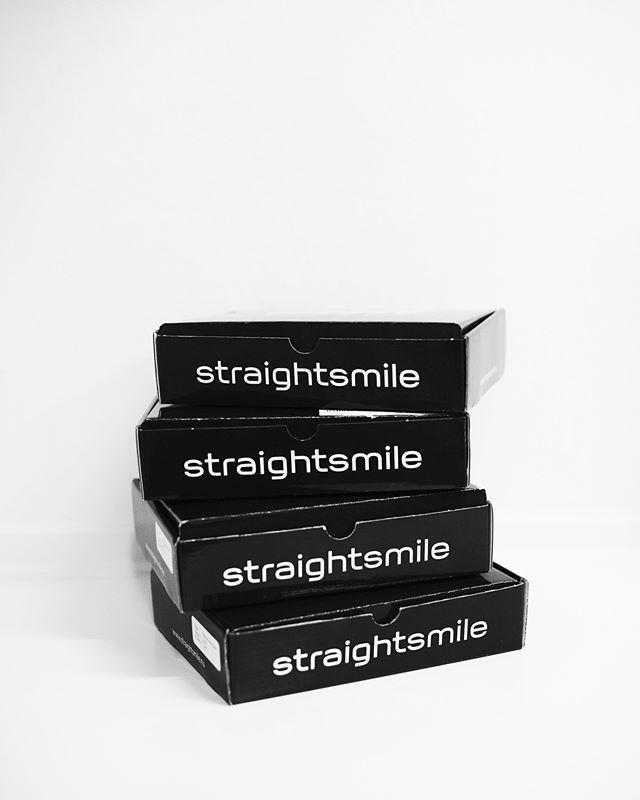 """""""Det skulle jeg have gjort for mange år siden"""" Patienter efter de er startet med tandregulering.  Behandlingen tager typisk under 6 måneder. Hvad venter du på?? 🔜😁 #tandlægerneremvig #tandlæge #hørsholm #litewire #smil #tandregulering #gladepatienter #verdensbedstejob"""