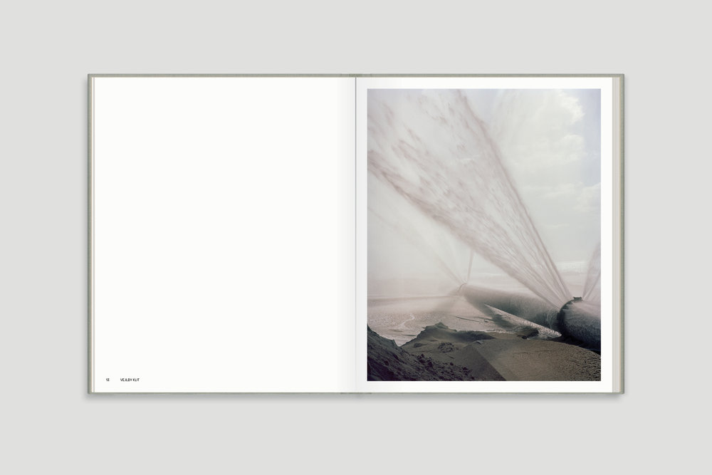 DUMMY_BOOK_COVER1_Grey_Space_Page_05.jpg