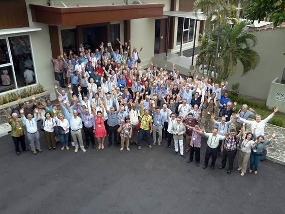 WWF representatives gathered from offices worldwide (courtesy WWF Indonesia)