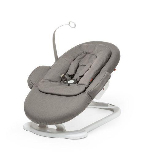 stokke-steps-bouncer-newborn-insert-toy-130815-8i0455-greige-sp_35600.jpg