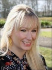 Dr Victoria Newton