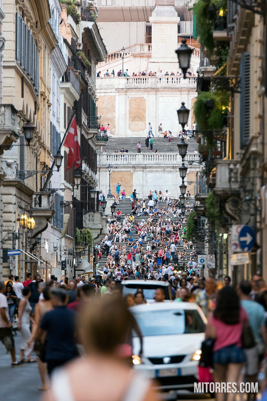 A view of the Spanish Steps from intersection of Via del Corso and Via dei Condotti in Rome, Italy. Photo: Marlon I. Torres