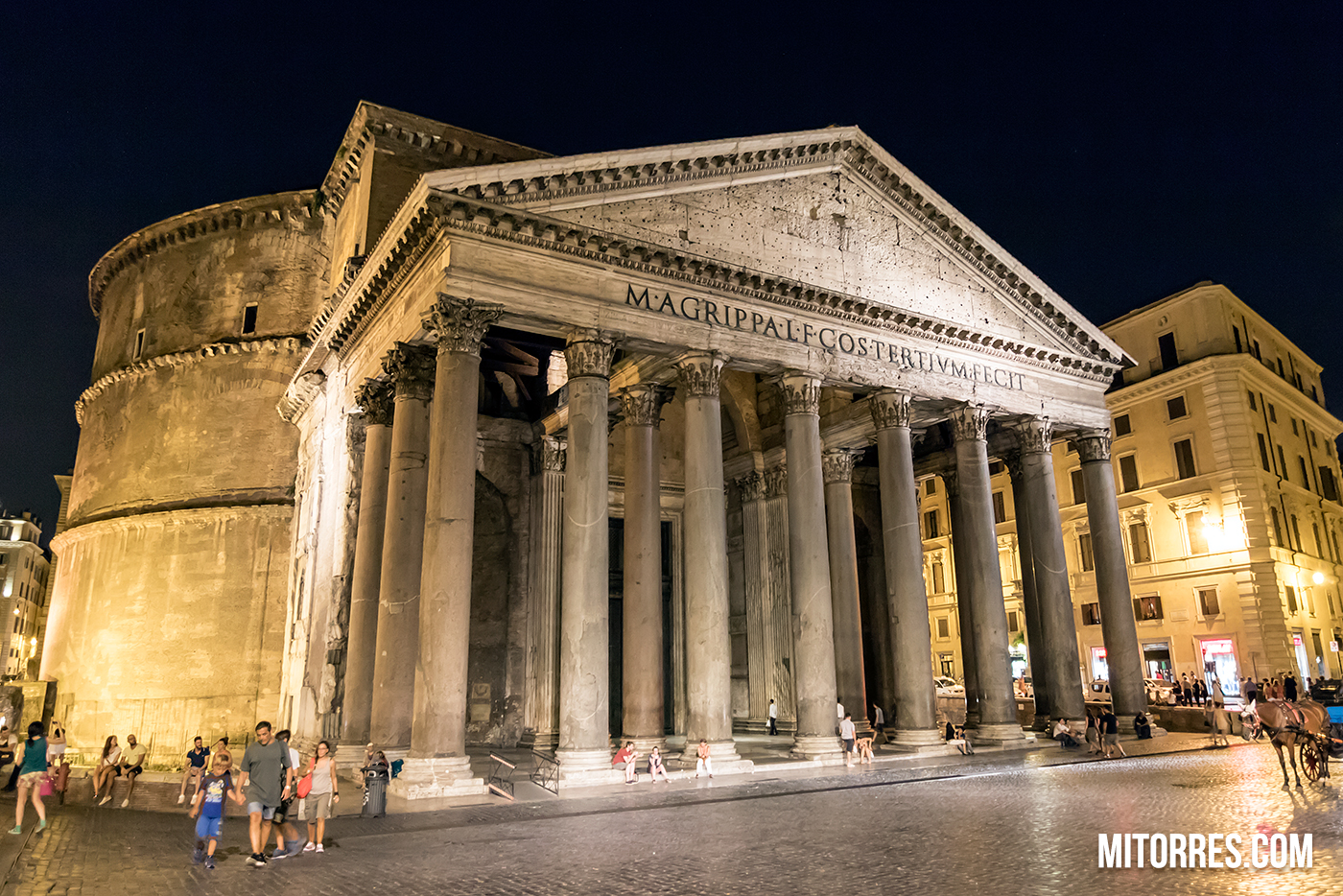 Night Shot Of The Roman Pantheon. Photo: Marlon I. Torres
