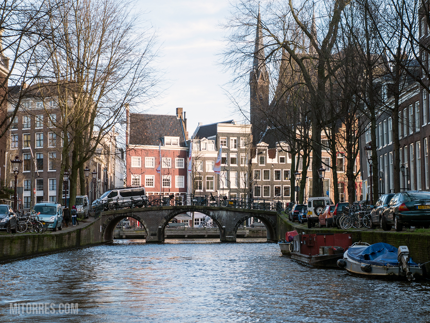Amsterdam has 165 canals and over 1200 bridges.