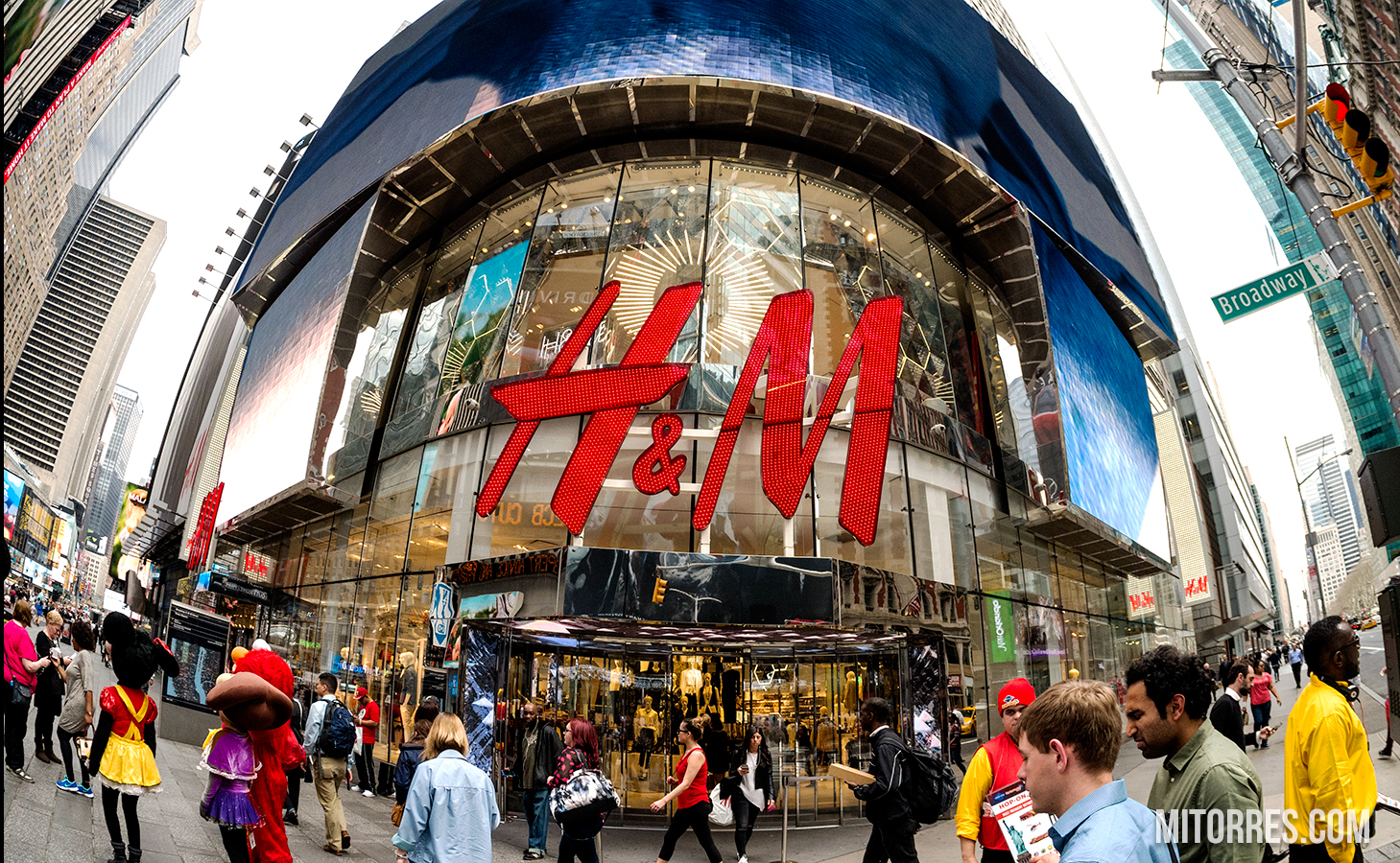 H&M Store in New York City on Broadway. Photo: Marlon I. Torres