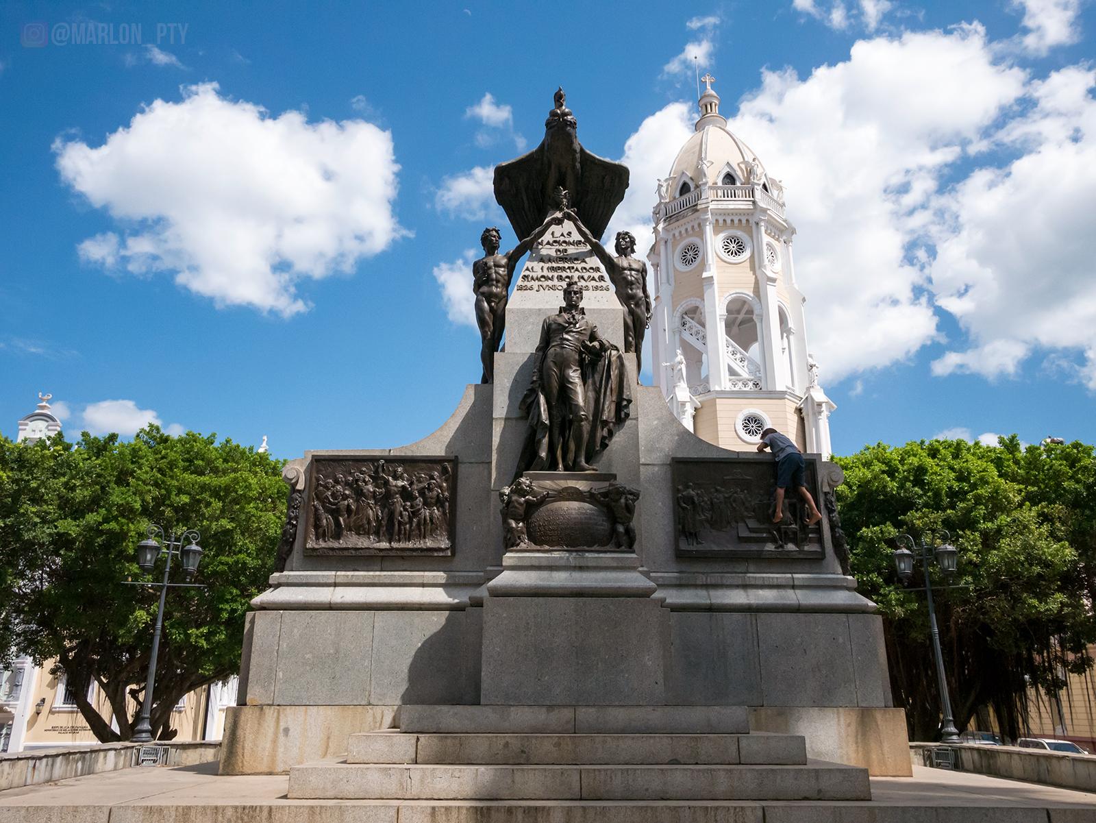 Plaza Bolivar, Casco Viejo, Panamá. Photo: Marlon I. Torres