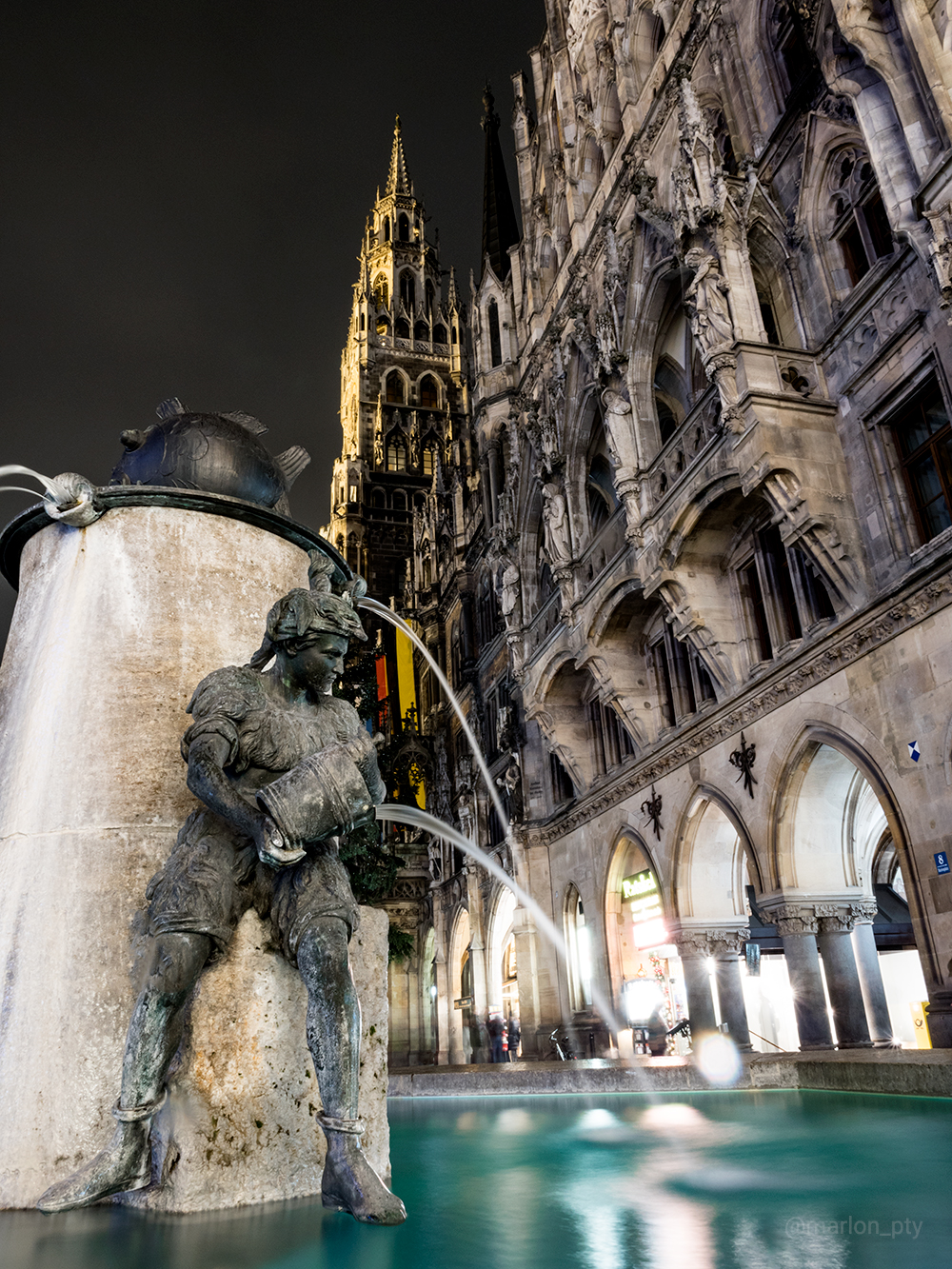 Fountain at the Marienplatz Square in Munich, Germany. Photo: Marlon I. Torres