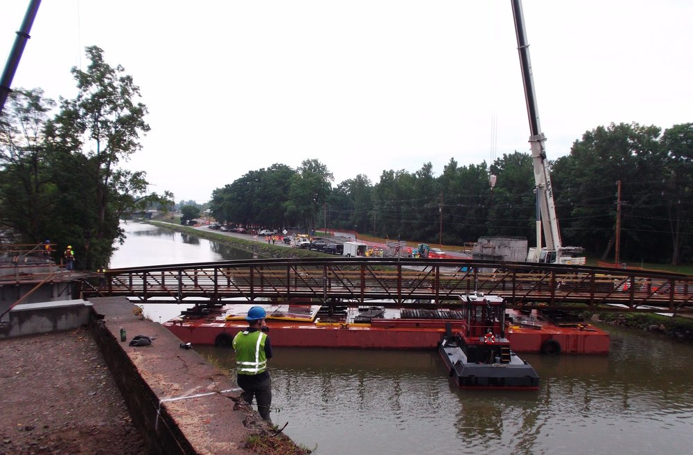 deck barge, tug, heavy civil construction, Seaway Marine Group, New York, spuds