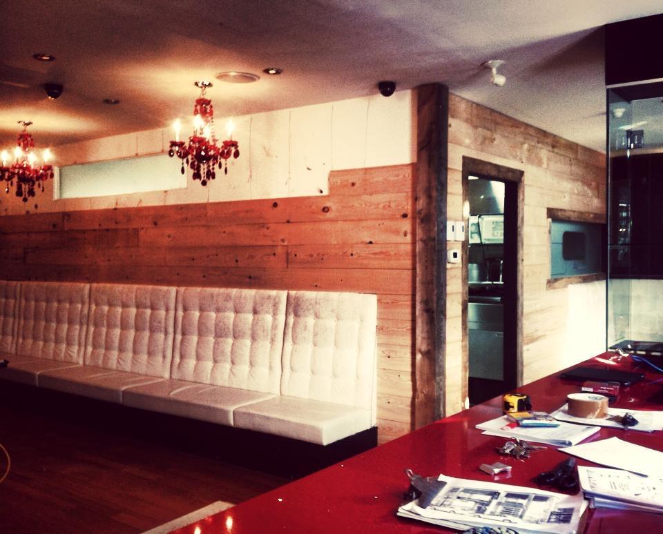 Photo des rénovations du premier restaurant TABOO Cuisine Rebelle en Août 2013
