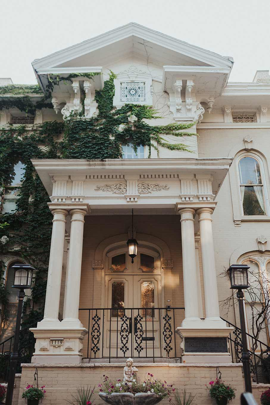 villa-filomena-milwaukee-historic-mansion-exterior-004.jpg