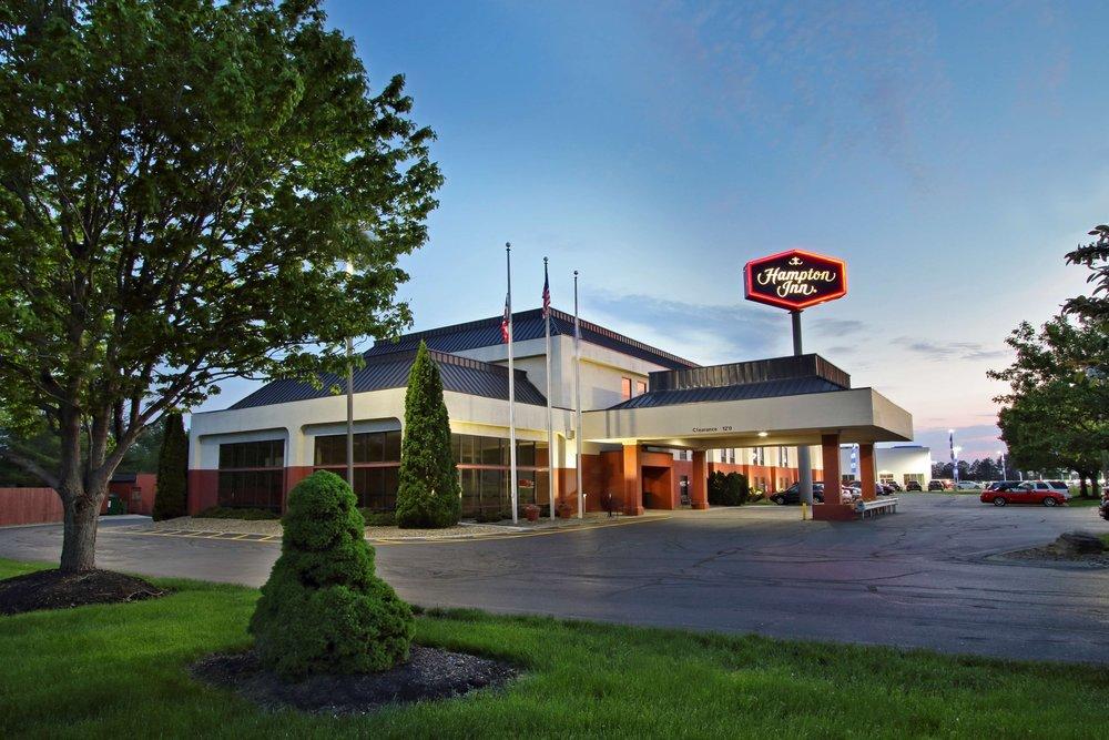 Hampton Inn - 2900 GH Dr, Austinburg, OH44010(440) 275-2000