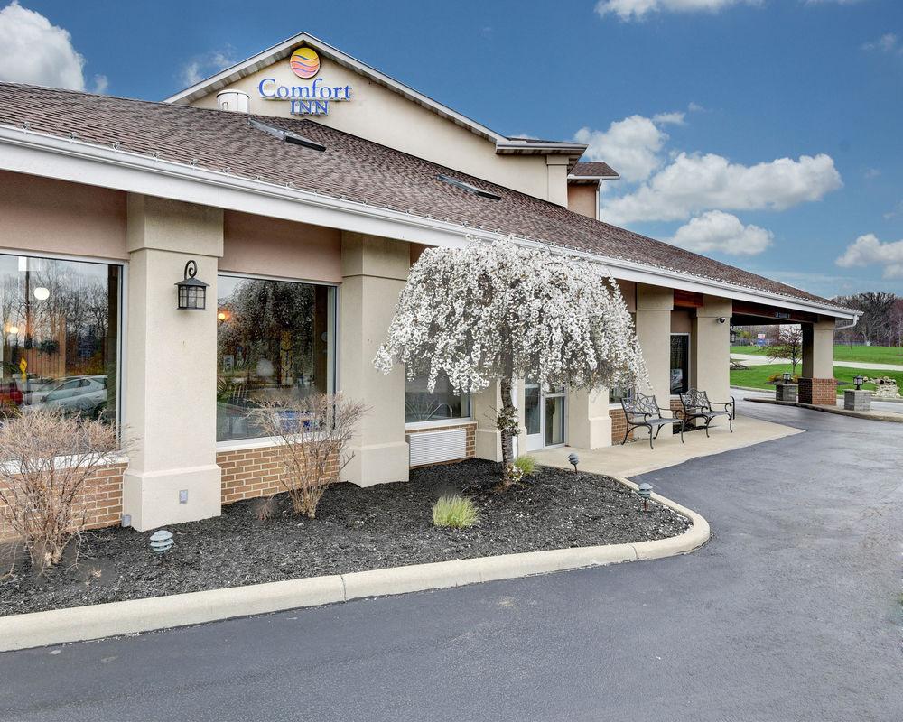 Comfort Inn - 1860 Austinburg Rd, Austinburg, OH(440) 275-2711