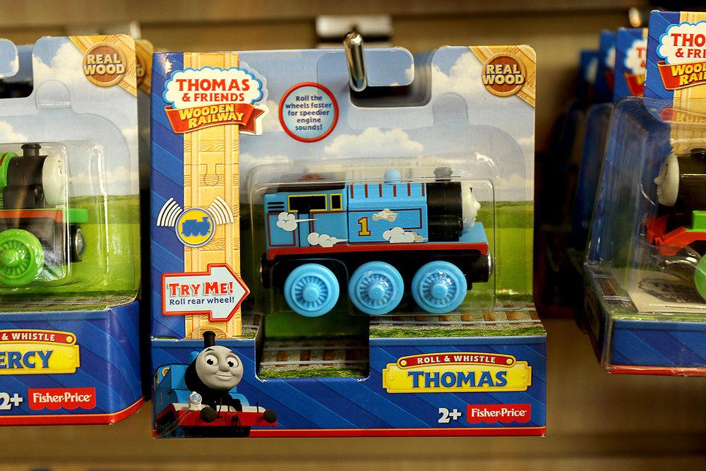 Train-Wooden-Railway-Toy.jpg