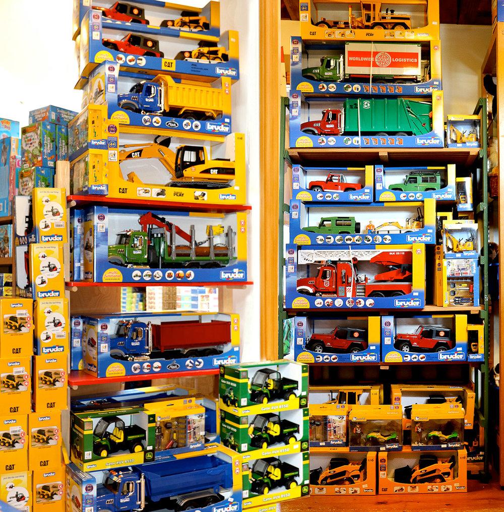 Bruder-Toy-Trucks-Orleans.jpg