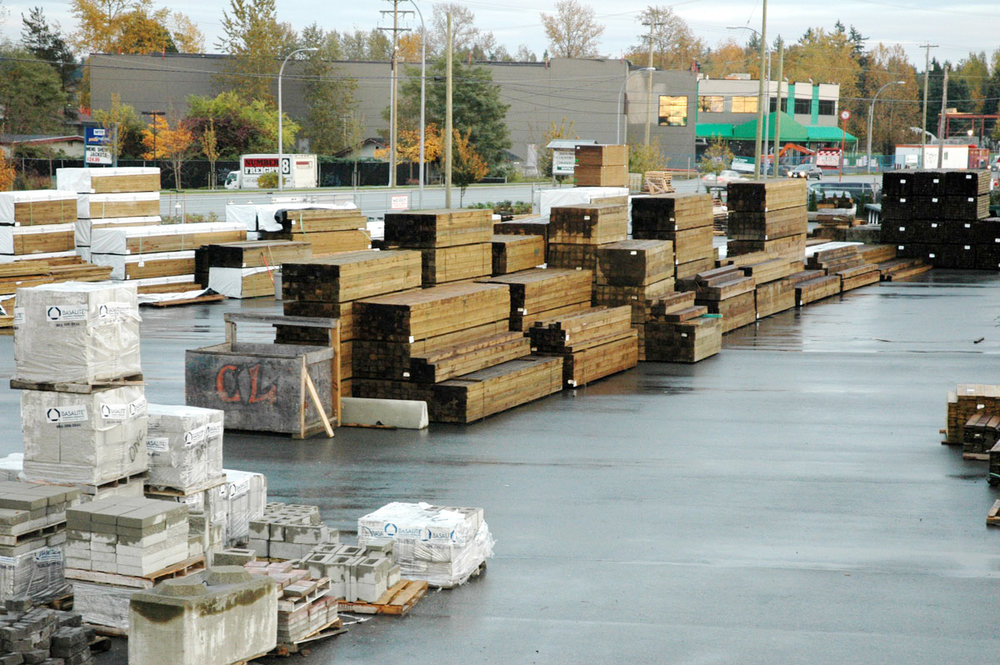 Country-Lumber-Broad-Selection-Lumber.jpg