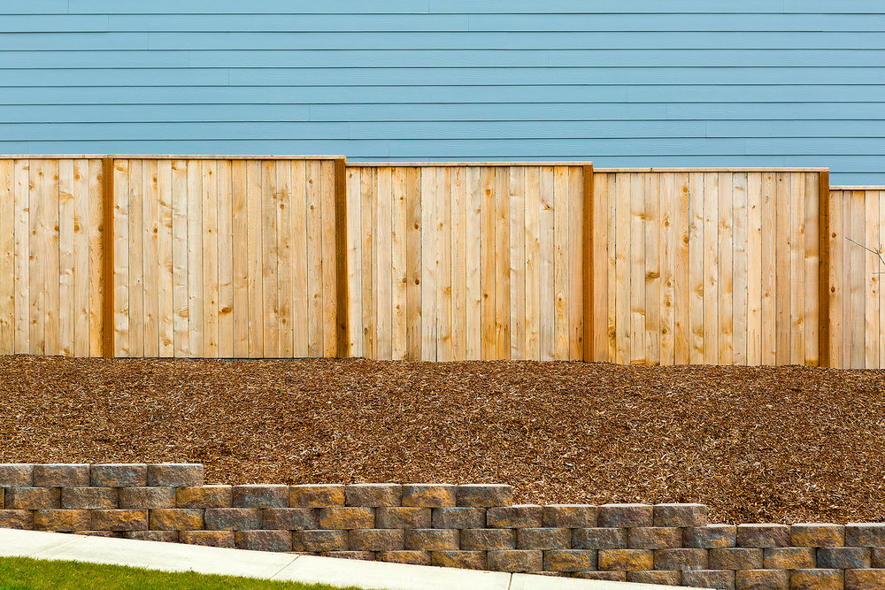 Country-Lumber-Cedar-Fence.jpg