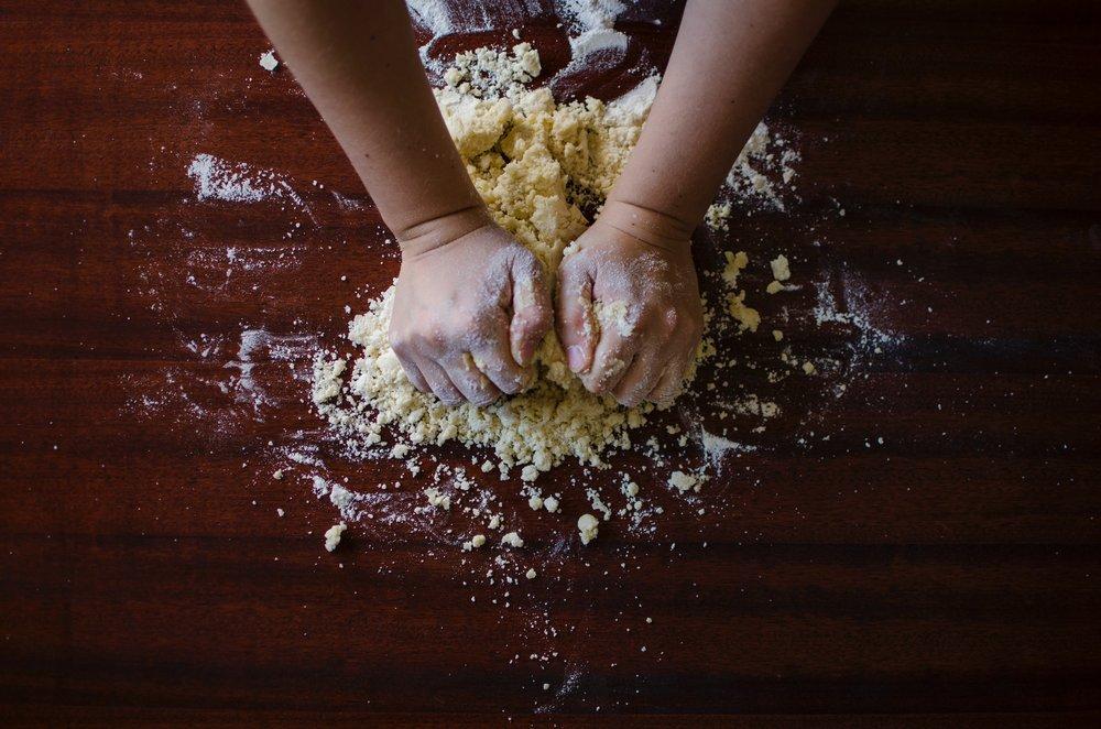 baker-bakery-baking-9095.jpg