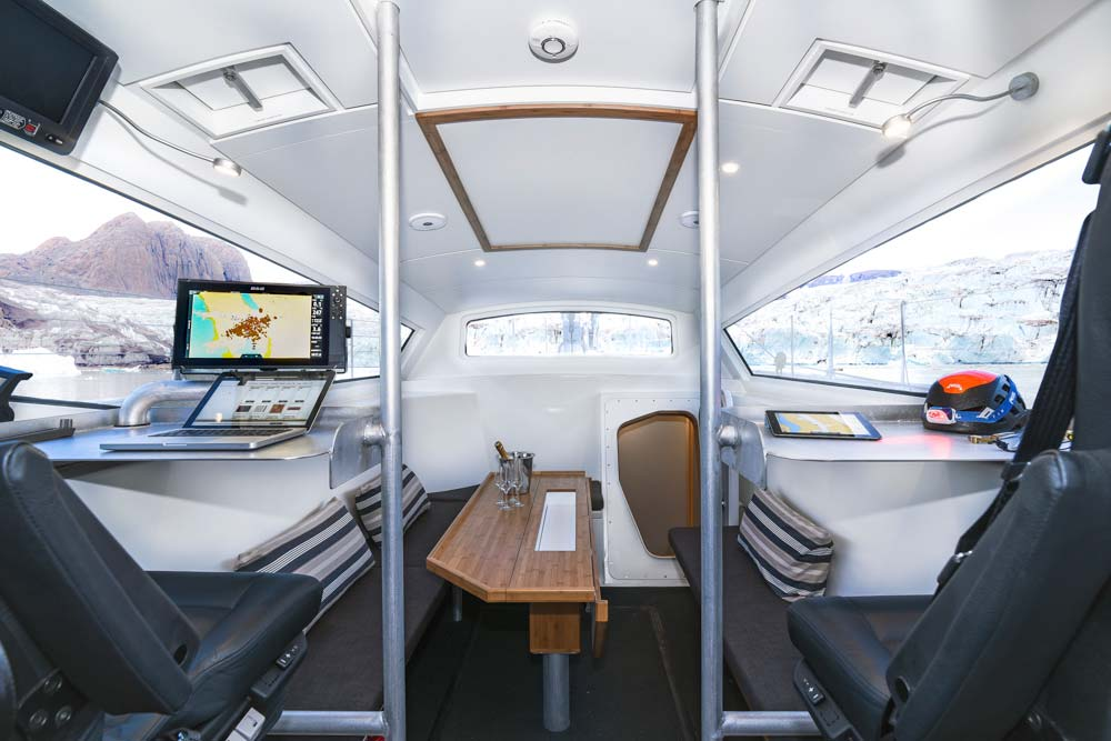 interior-expedition-sailing-yacht.jpg