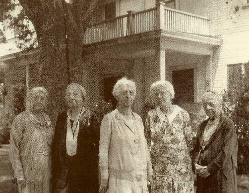 1930 women of MVGH.jpg