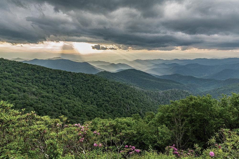 craggy-gardens-sunset-blue-ridge-parkway-mountains-Kathleen-Kathy-Roberts-Asheville-NC-Photographer-1.jpg