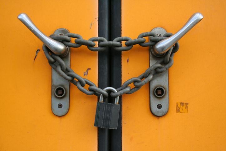 Doors-Locked-Chain.jpg