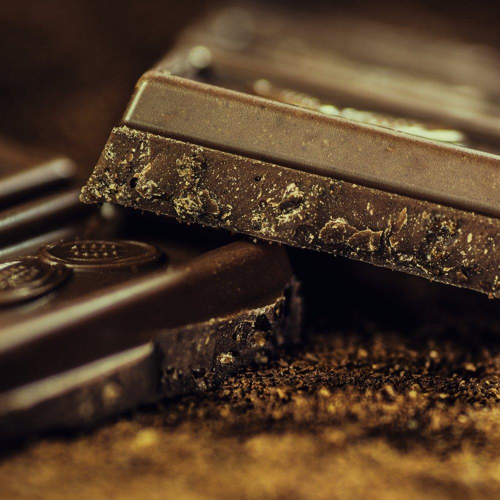 chocolates-close-up-cocoa-65882.jpg