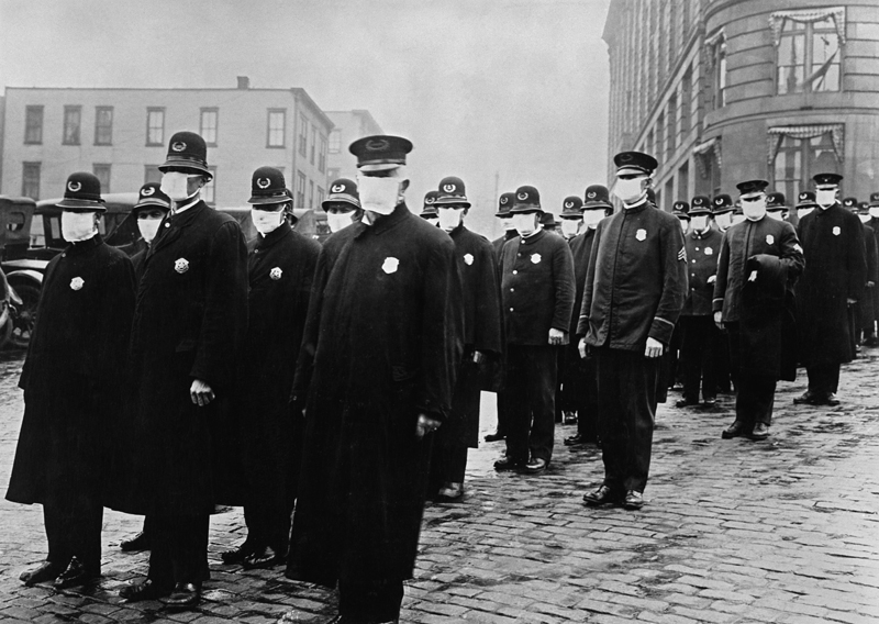 In 1918 face masks were rmandatory for police officers in San Francisco