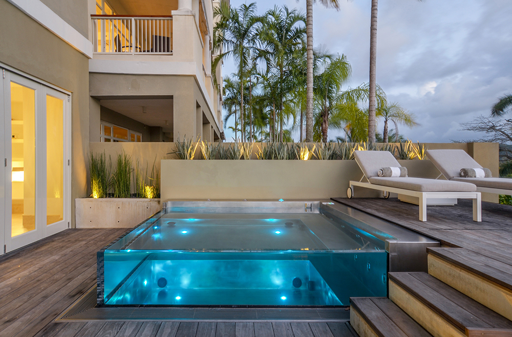 glass-swimming-pool-modern-walled-pools-acrylic-diamond-spas-inside-29.jpg