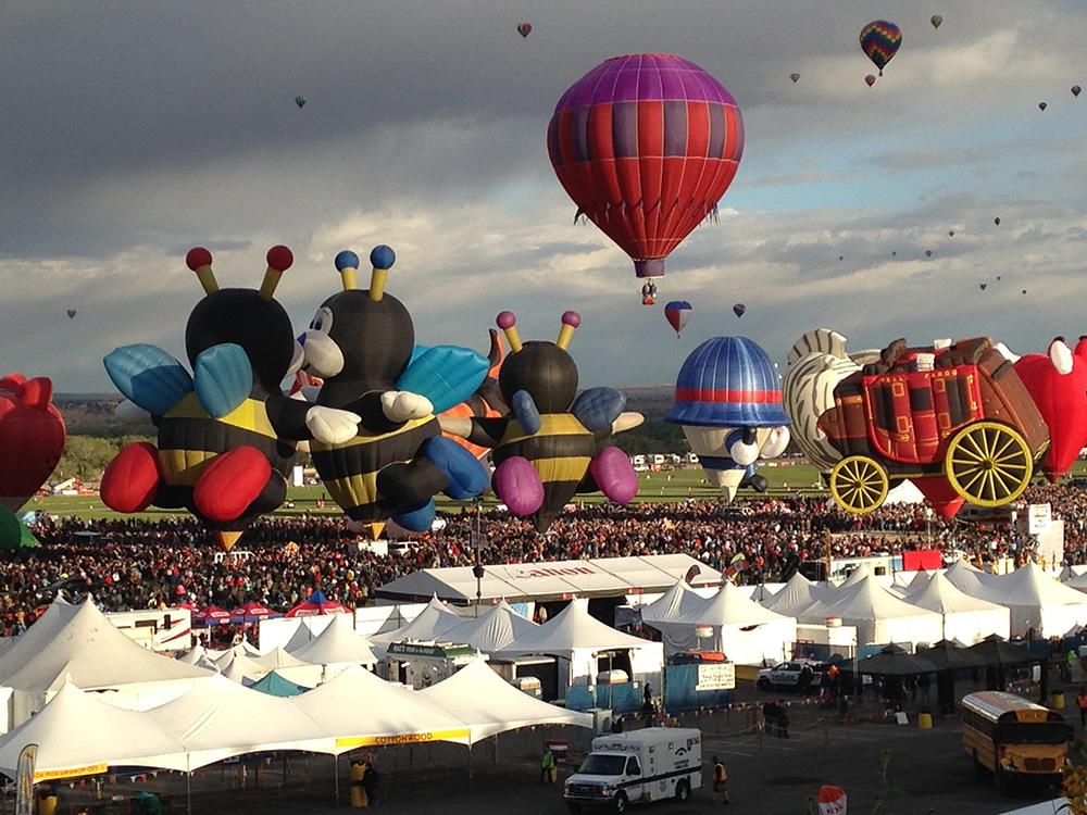 Balloon_wagon.jpg