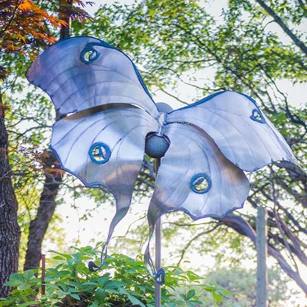 stargaard-commissions-luna-moth.jpg