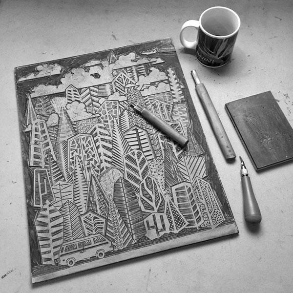 Carving a BATTLESHIP GRAY LINOLEUM BLOCK