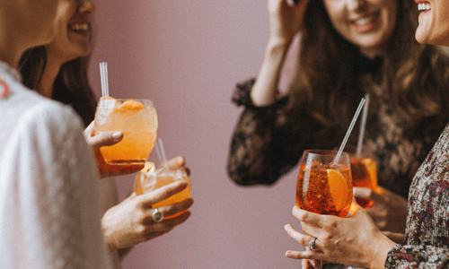ARRIVAL-COCKTAILS-AND-MINGLING.jpg