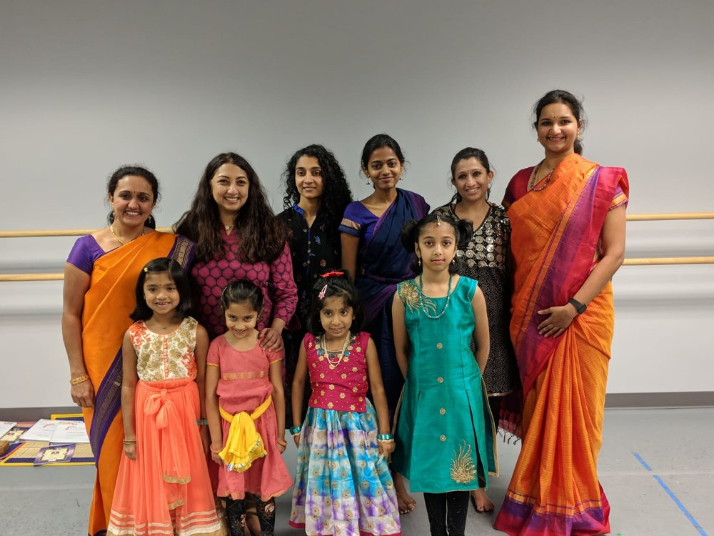 Students and faculty at the first Vijayadasami celebrations of Silambam's Heights location, which opened in 2018 under the stewardship of Artistic Director Anusha Venkatramani.