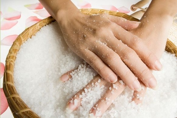 Aromatic Salts Body Polish