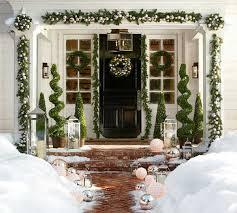 Christmas - Front Door 6