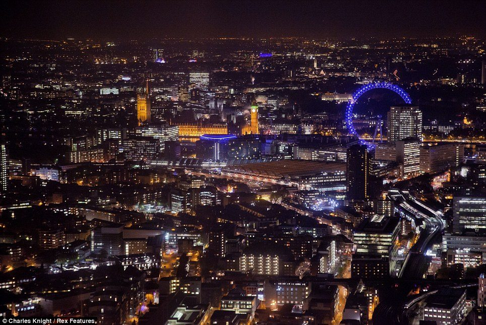 The City of London at night : Google Image search