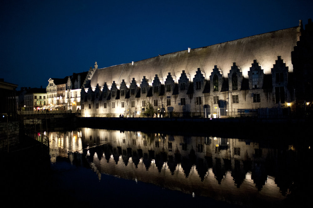 Gand By night Halles aux viandes 4.jpg