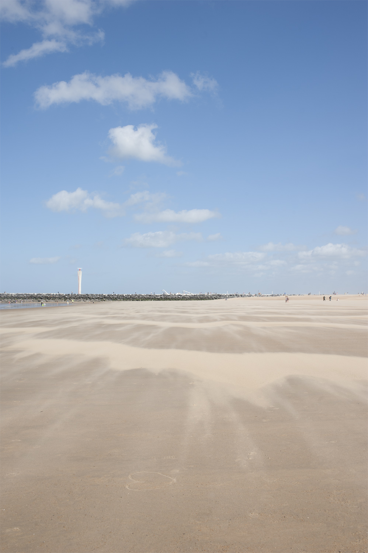 Plage vent Ostende 2.jpg