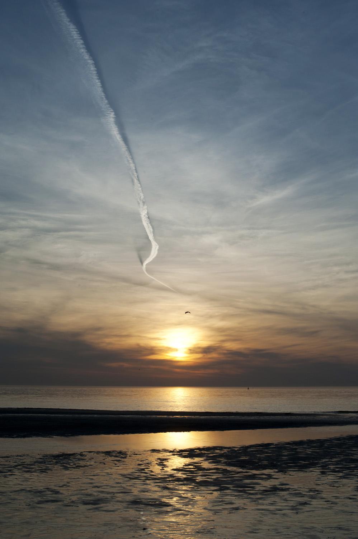 Coucher de soleil avion Ostende.jpg