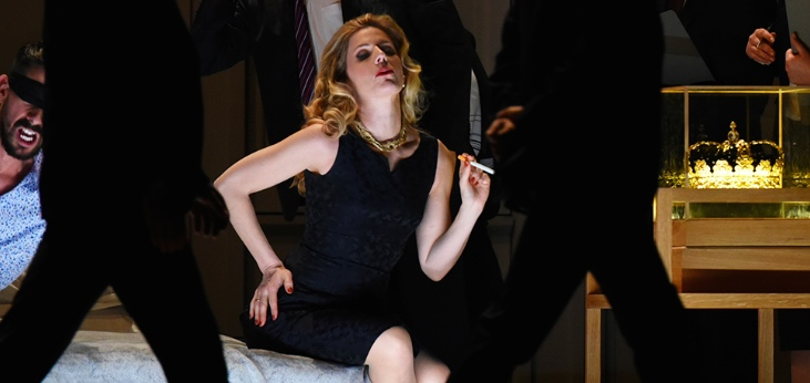 """Lessons in love and violence  - """"With her adaptable timbre and a dreamlike height, the soprano Georgia Jarman thrilled in the role of Isabel""""(NDRKULTUR (NDR.DE), APRIL 2019)"""
