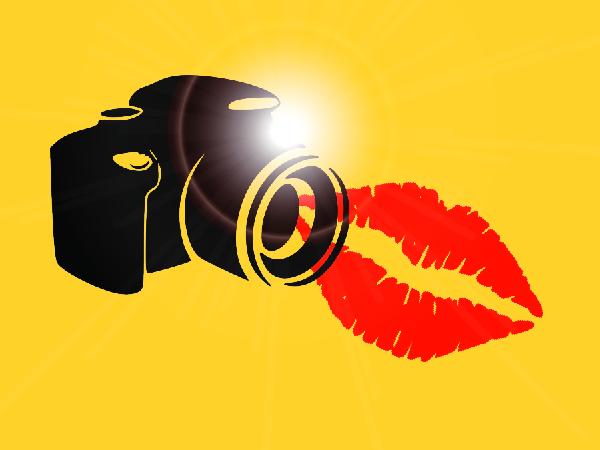 kiss cam-01
