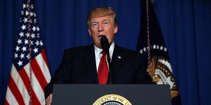 sorry-trump-didnt-suddenly-become-presidential-after-firing-missiles-at-syria-1